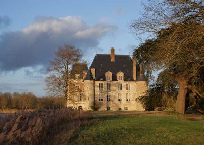 le chateau depuis le parc XVIe XVIIe Copier